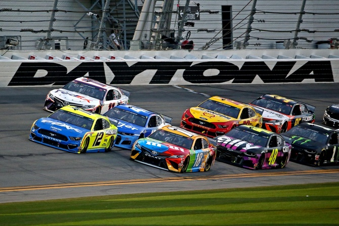 Daytona 500 Live Stream  https://www.youtube.com/channel/UCiCOzf1FPHzqL0N-au0BbPQ/about