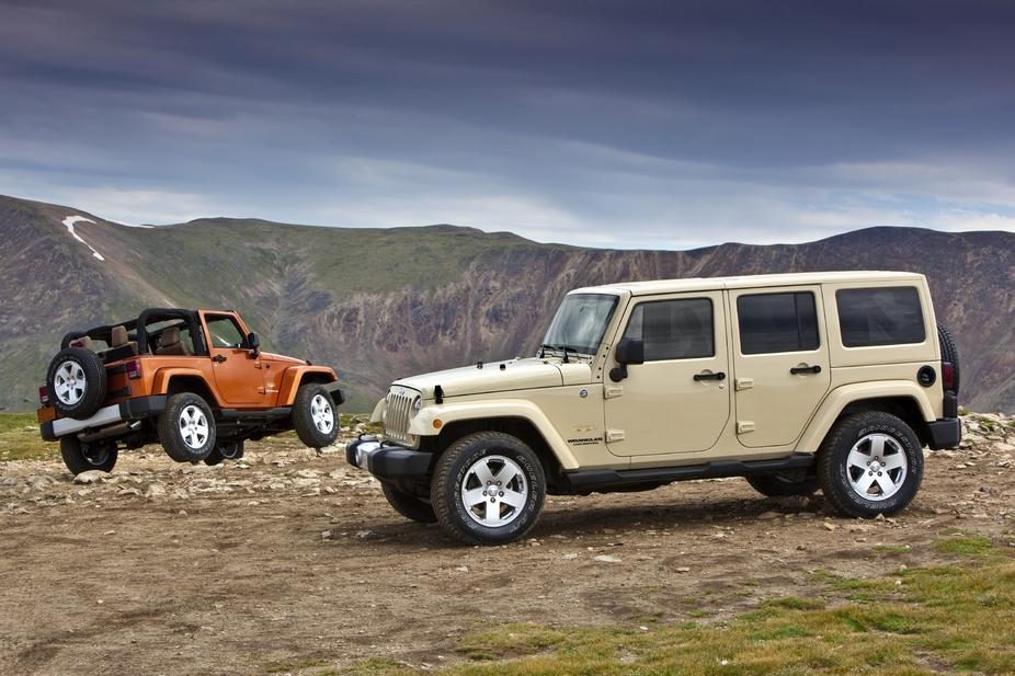 jeep wrangler unlimited 2.8 crd sport automatic :: 1 fotografia e 11