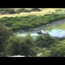 Crash BMW Z4 GT3 flips over barriers
