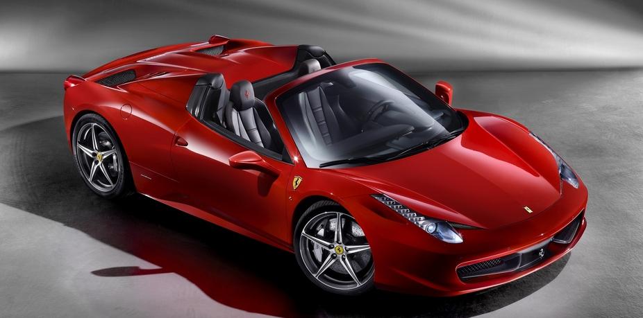 Ferrari 458 Spider :: 18 fotos e 44 dados técnicos :: autoviva.sapo.pt